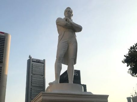 Statues of Sir Stamford Raffles